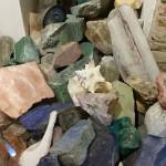 камни, найденные на холмах Тосканы