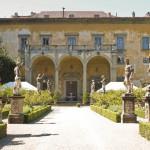 Прогулка с графиней во дворце
